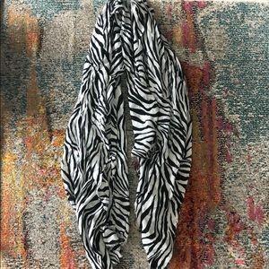Zebra 🦓 Scarf
